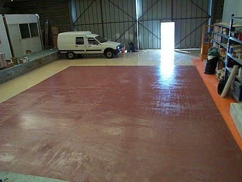 Photo peinture de sol webresine for Peinture sol garage
